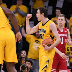Bounce-back Hawkeyes Take Care of Badgers