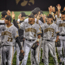 Iowa Baseball Completes Sweep in Florida