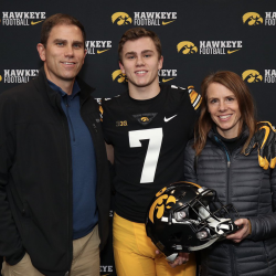 Thomas Hartlieb to Carry on Family Tradition as a Walk-On